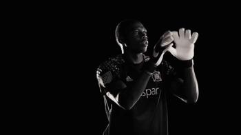 MLS Works TV Spot, 'No cruces la línea' [Spanish] - Thumbnail 5