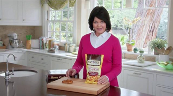 Snyder's Pretzel Pieces of Hanover TV Spot, 'For Your Own Good' - Thumbnail 4