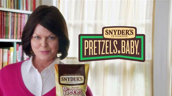 Snyder's of Hanover Pretzel Pieces TV Spot, 'Dictionary' - Thumbnail 6