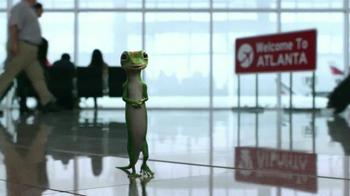 GEICO TV Spot, 'Baggage Claim: Gecko Journey' - Thumbnail 3