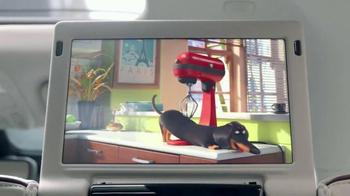 2017 Chrysler Pacifica TV Spot, 'The Secret Life of Pets' Feat. Seth Meyers - Thumbnail 2