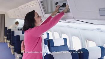 Gain Detergent TV Spot, 'Travel Day' canción de Tag Team [Spanish] - Thumbnail 7