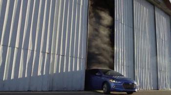 2017 Hyundai Elantra TV Spot, 'Todo esto' [Spanish] - Thumbnail 8