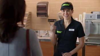Subway Carved Turkey and Bacon Sandwich TV Spot, 'Tarea' [Spanish] - Thumbnail 9