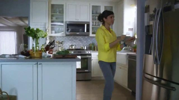 Canada Dry Ginger Ale TV Spot, 'The Root of Relaxation' - Thumbnail 1