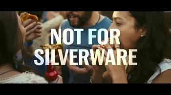 Budweiser TV Spot, 'Bud & Burgers' Song by Baauer - Thumbnail 4