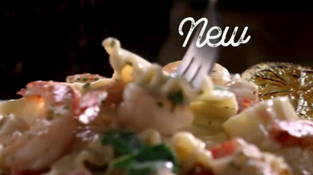 Olive Garden Lasagnas TV Spot, 'Layer on the Love' - Thumbnail 6