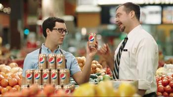 Pepsi Ginger Cola TV Spot, 'Produce Aisle' - Thumbnail 2