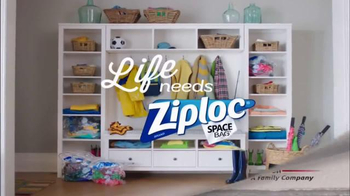 Ziploc Space Bag TV Spot, 'Make Room for Spring' - Thumbnail 10