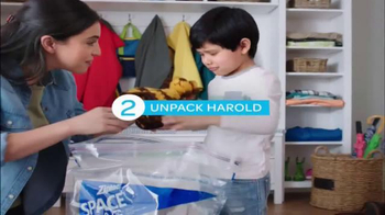 Ziploc Space Bag TV Spot, 'Make Room for Spring' - Thumbnail 6