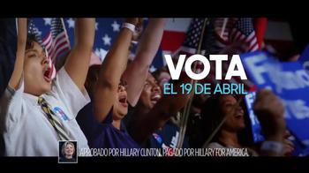 Hillary for America TV Spot, 'Una Bandera' [Spanish] - Thumbnail 9