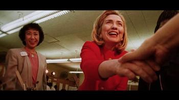 Hillary for America TV Spot, 'Una Bandera' [Spanish] - Thumbnail 7