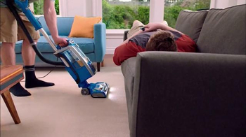 Shark Rotator Powered Lift-Away Speed TV Spot, 'Little Mom' - Thumbnail 6