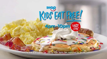 IHOP Bakery Favorites TV Spot, 'Rainbow Sprinkles' - Thumbnail 6