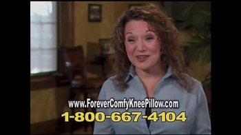 Forever Comfy Cooling Knee Pillow TV Spot, 'Anatomically Aligned Support' - Thumbnail 5