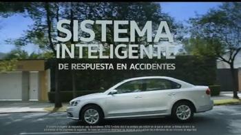 Volkswagen Evento Safety in Numbers TV Spot, 'Alas de hada' [Spanish] - Thumbnail 4