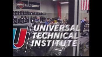 Universal Technical Institute TV Spot, 'Foot in the Door' - Thumbnail 10
