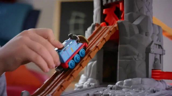 Thomas and Friends Take-n-Play Daring Dragon Drop TV Spot, 'Ultimate Quest' - Thumbnail 4