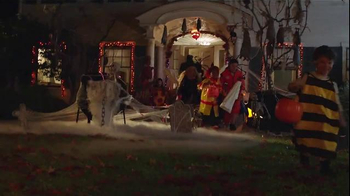 Google TV Spot, 'Halloween, Meet the Google App' - Thumbnail 3