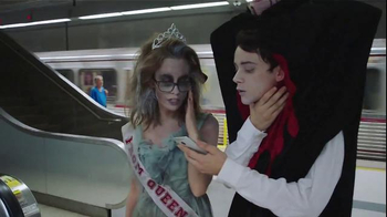 Google TV Spot, 'Halloween, Meet the Google App' - Thumbnail 7
