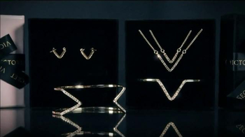 Victoria's Secret TV Spot, 'Signature Jewelry' Featuring Lily Aldridge - Thumbnail 3