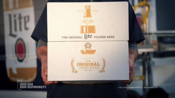 Miller Lite TV Spot, 'Welcome Home' Song by STS, RJD2 - Thumbnail 4