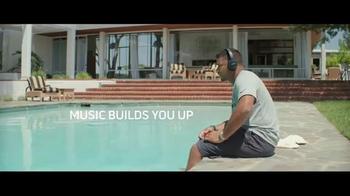 Bose TV Spot, 'Music Deserves Bose' Ft. Russell Wilson, Macklemore - Thumbnail 9