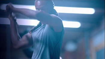 Microsoft Surface TV Spot, 'NFL: Giving You an Edge' Feat. Russell Wilson - Thumbnail 3
