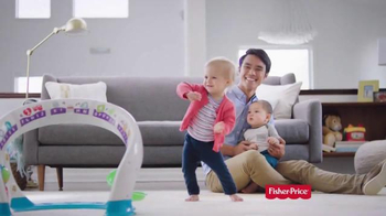 Fisher Price Bright Beats Smart Touch TV Spot, 'Light Up Their Curiosity' - Thumbnail 9