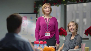 Coffee-Mate TV Spot, 'Gingerbread Joel Makes an Awkward First Impression' - Thumbnail 6