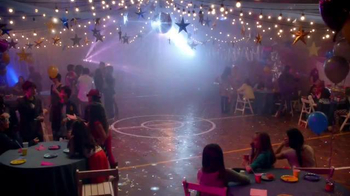 Shoe Carnival TV Spot, 'High School Dance' Song by Snap! - 749 commercial airings