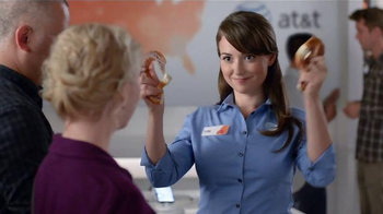 AT&T TV Spot, 'Pretzel' - Thumbnail 4