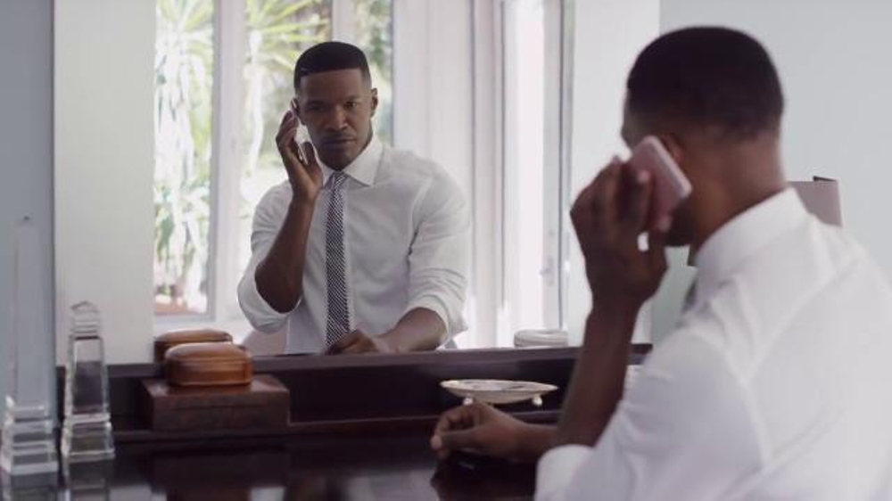 Apple iPhone 6s TV Commercial, '3D Touch' Featuring Jamie Foxx