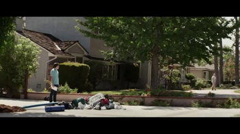 2016 BMW X1 TV Spot, 'Special Delivery: X1' - Thumbnail 5