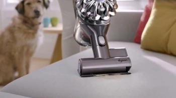 Dyson V6 Absolute TV Spot, 'Mischievous Pets' - Thumbnail 6