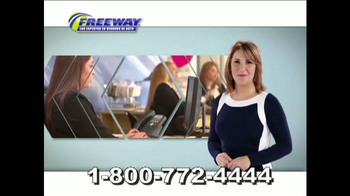 Freeway Insurance TV Spot, 'La póliza mejor' [Spanish]