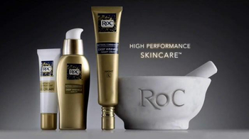 RoC Retinol Correxion Deep Wrinkle Night Cream TV Spot, 'Turn Heads' - Thumbnail 10