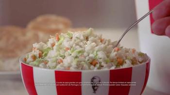 KFC Family Fill Ups TV Spot, 'Facetime en la mesa' [Spanish] - Thumbnail 9
