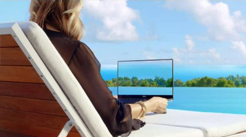 PC Does Whaaat?! TV Spot, 'Dell: Poolside' - Thumbnail 4