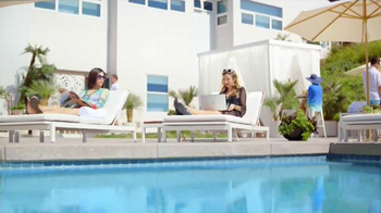 PC Does Whaaat?! TV Spot, 'Dell: Poolside'