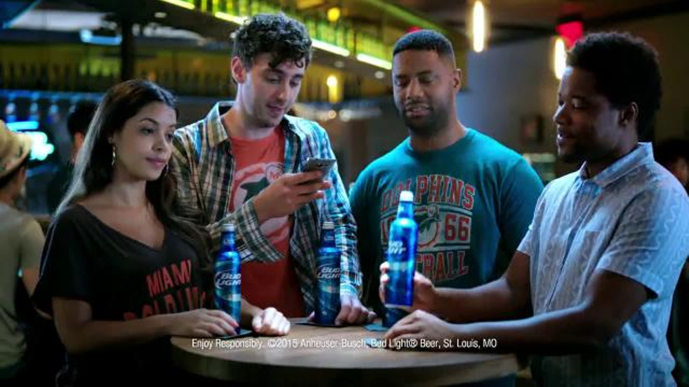 Bud Light TV Commercial, 'Coin Toss: Pool Party or Snorkeling'