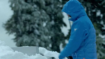 Columbia Sportswear Heatzone 1000 TurboDown Jacket TV Spot, 'Snow Shovel' - Thumbnail 3