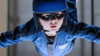 Lunchables Chicken Popper Kabobbles TV Spot, 'Indoor Skydiving' - Thumbnail 6