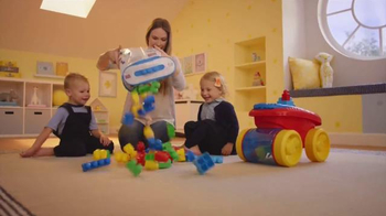 Mega Bloks Block Scooping Wagon TV Spot, 'Rolling, Scooping and Building' - Thumbnail 1