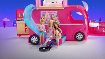 Barbie Pop-Up Camper TV Spot, 'Pop Pop Pop' - Thumbnail 8
