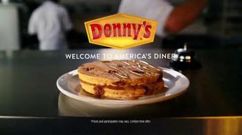 Denny's Pumpkin Pecan Pie Pancakes TV Spot, 'Headless Horseman' - Thumbnail 5