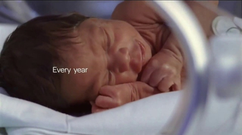 Huggies Little Snugglers TV Spot, 'The Tiniest Hugs' - Thumbnail 1
