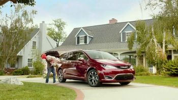 2017 Chrysler Pacifica TV Spot, 'This Guy or That Guy: Forfeit' [T2] - 3 commercial airings