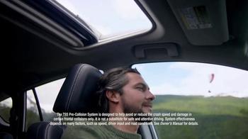 2017 Toyota RAV4 TV Spot, 'Paragliding' - Thumbnail 7