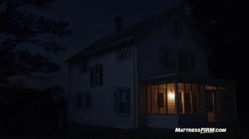 Mattress Firm TV Spot, 'Lights Out' - Thumbnail 2